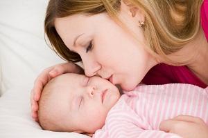 Почему после родов выпадают волосы