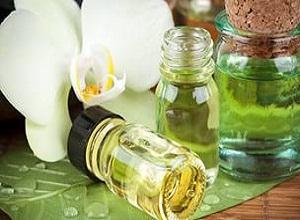 Как действуют растительные и эфирные масла против выпадения волос?