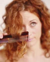 При комплексном воздействии на волосы
