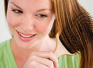 Какие профилактические методы помогут защитить кончики волос?
