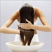 Как восстановить волосы с помощью хлеба