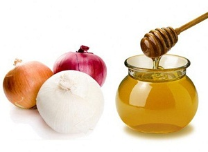 Как приготовить маску из лука, меда и растительного масла для сухих волос