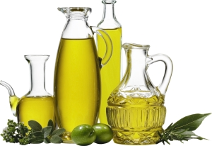 Оливковое масло в стеклянной баночке