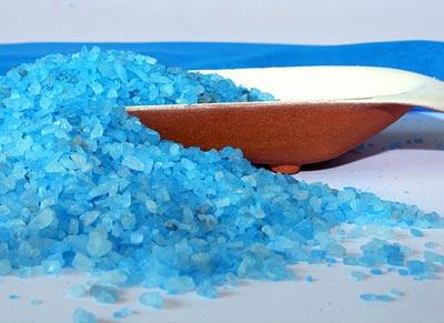 как отбелить ногти солью