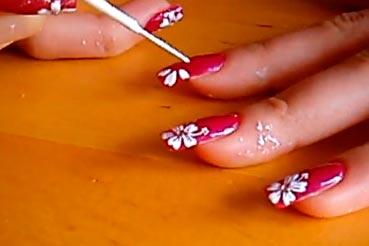 дизайн ногтей цветок
