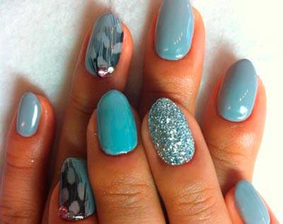 дизайн ногтей перьями