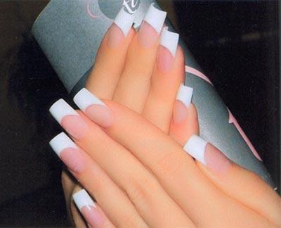 акриловое наращивание ногтей