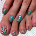Леопардовые пятнышки на ногтях
