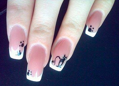 рисунок на ногтях кошка