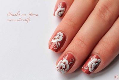 акриловая роспись ногтей