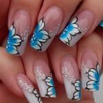 Урок росписи на ногтях: Зимние цветы