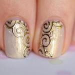 Художественное литье на ногтях