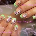 орхидея на ногтях