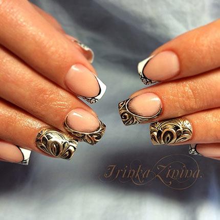 Дизайн ногтей с литьем