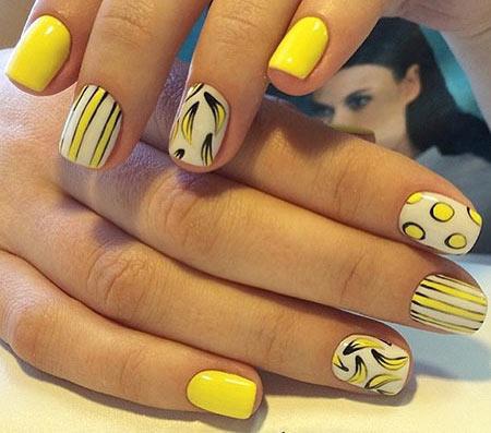 бананы на ногтях