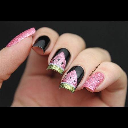 Рисунок арбузика на ногтях