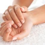 Потрескавшиеся руки. Десять способов лечения