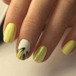 Модный дизайн ногтей Битое стекло. Идеи + мк